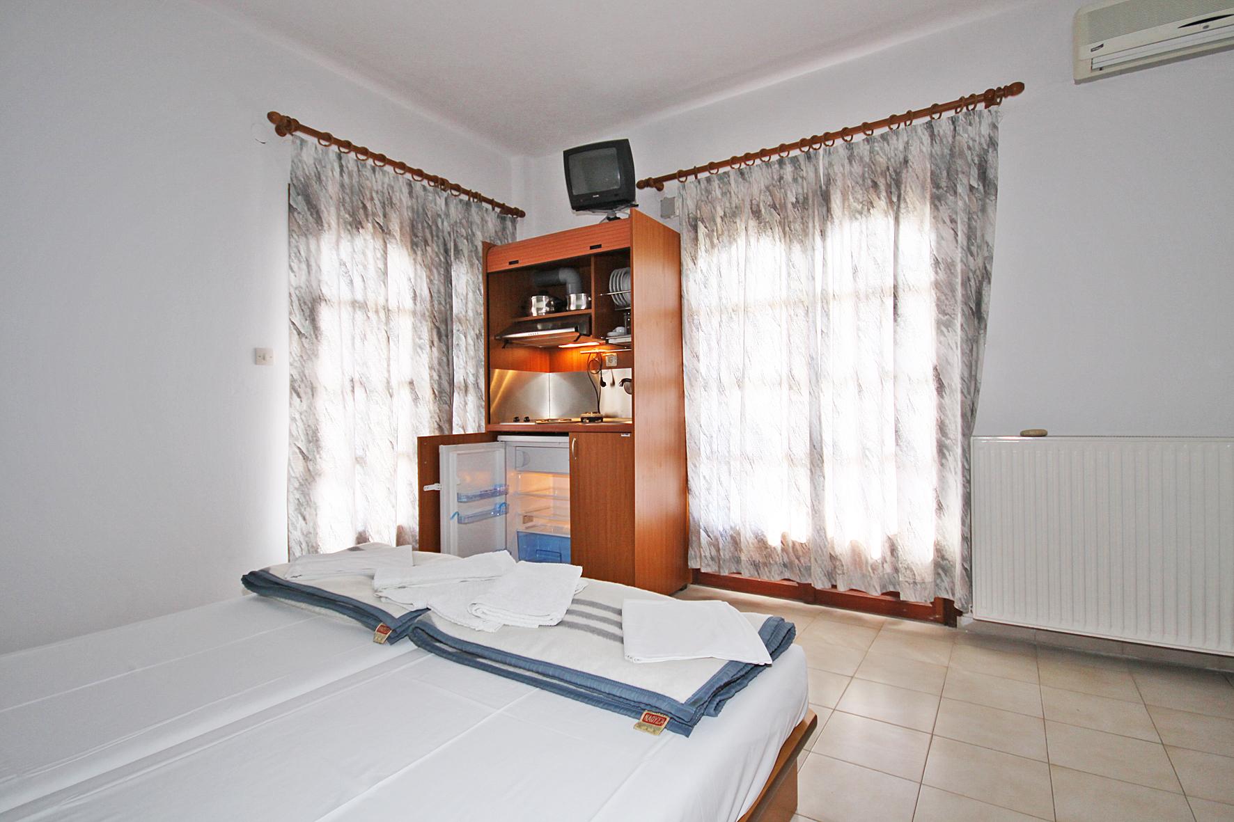 3beds-room3