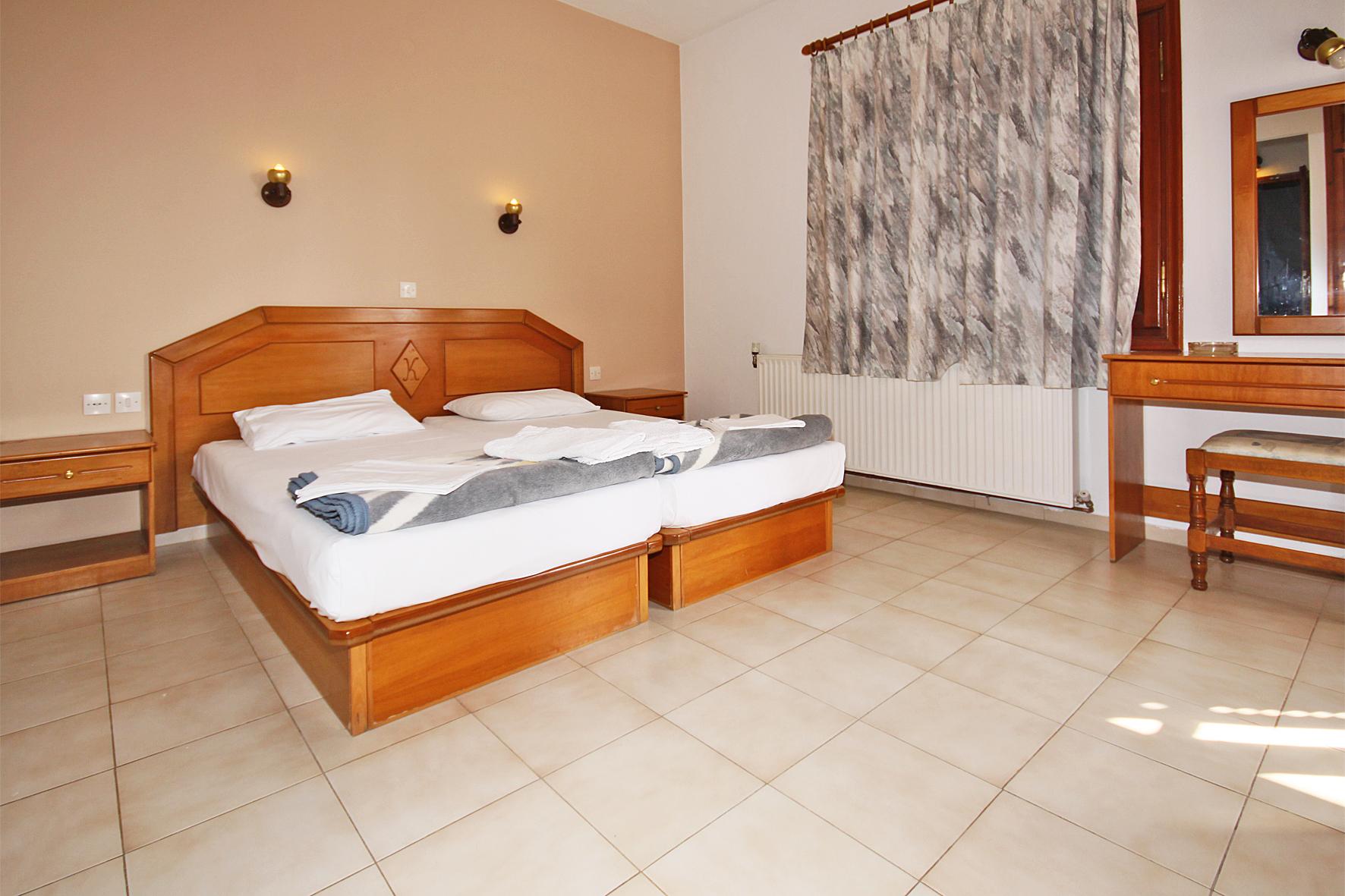 2beds-room2